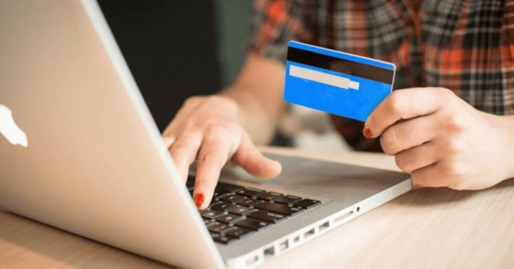 Хотела стать богаче: камышанку через социальную сеть «Инстаграм» лишили последних денег