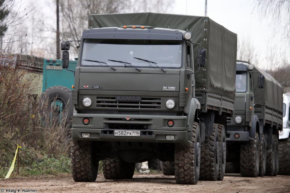 Технику Министерства обороны ремонтировали военнослужащие-срочники, а деньги пошли «дяде»-камышанину