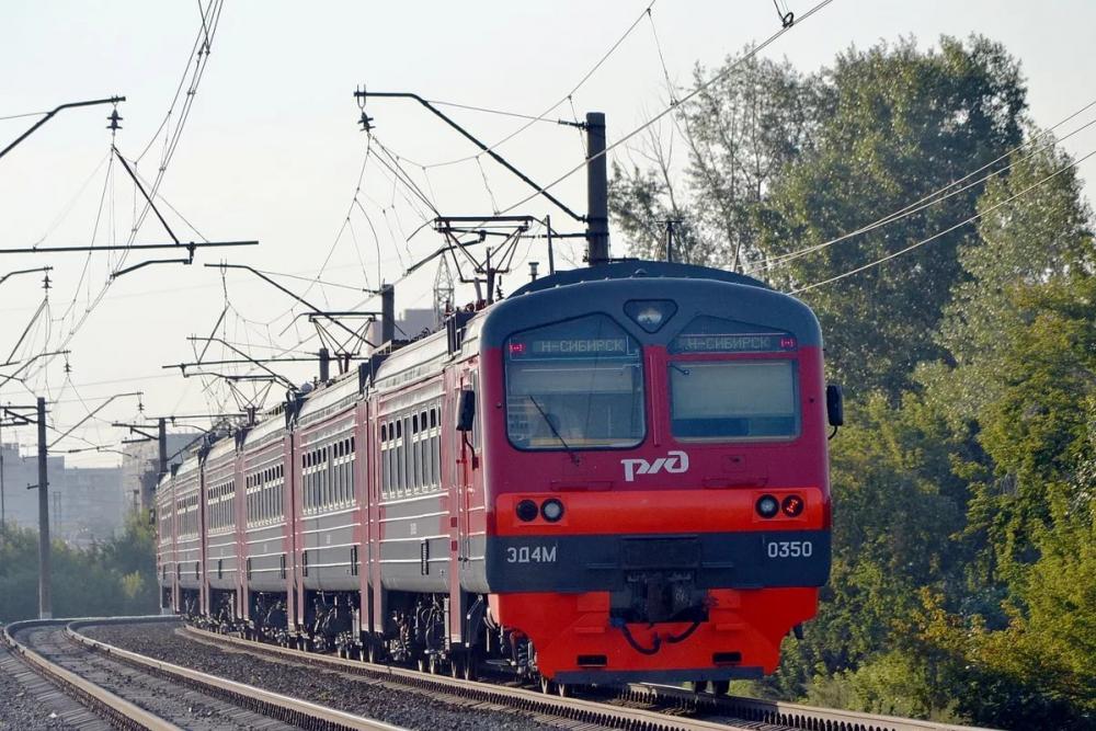 Житель города Петров Вал Камышинского района выломал на железнодорожных путях старые рельсы и пошел по суду в колонию