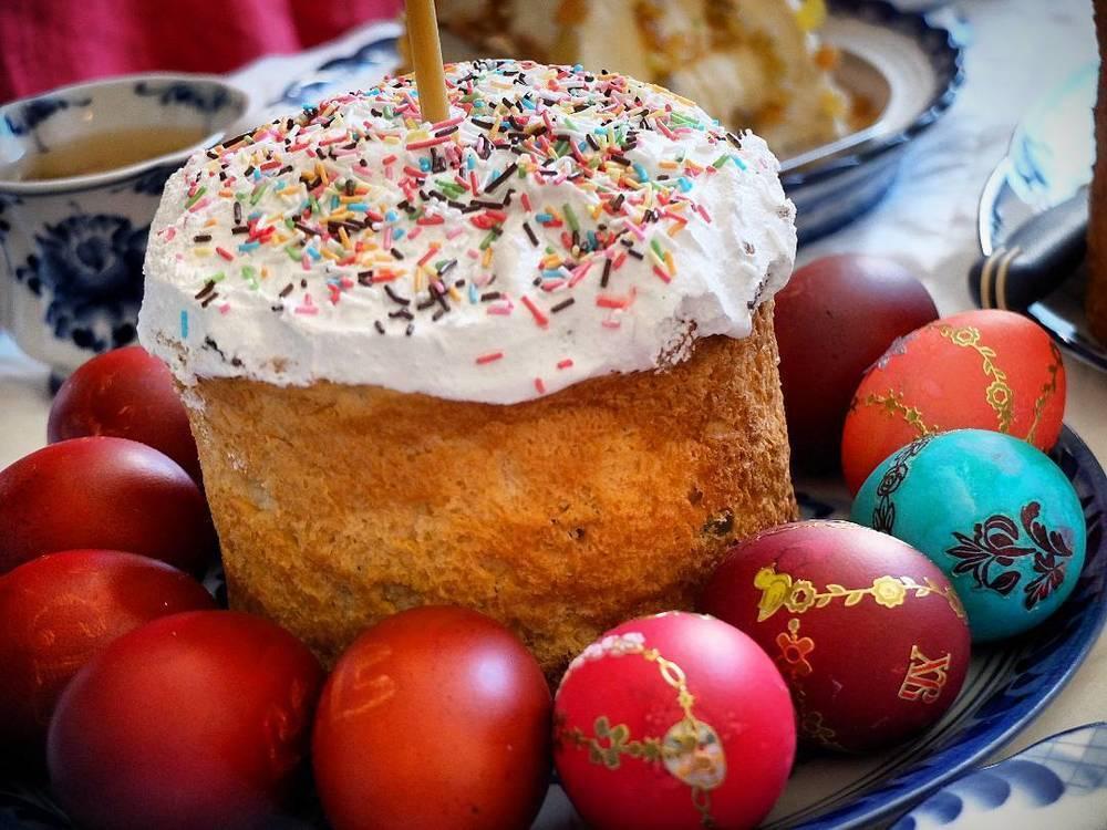 Дорогие камышане, ароматный, красивый, сладкий кулич от «Русского хлеба» - для вас к светлой Пасхе!