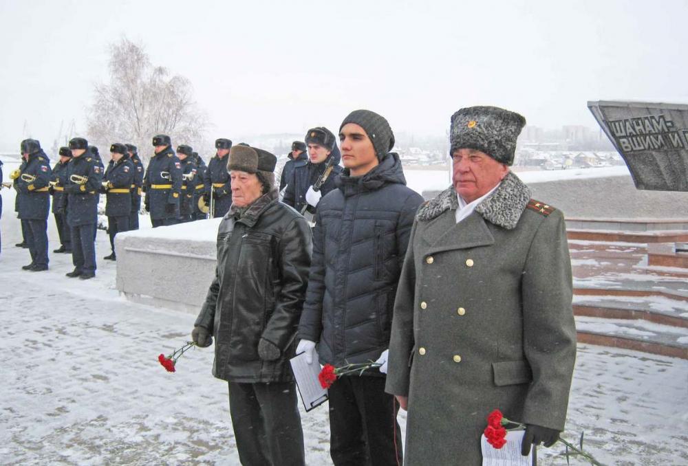 В Камышине почему-то решили досрочно отпраздновать Сталинградскую победу