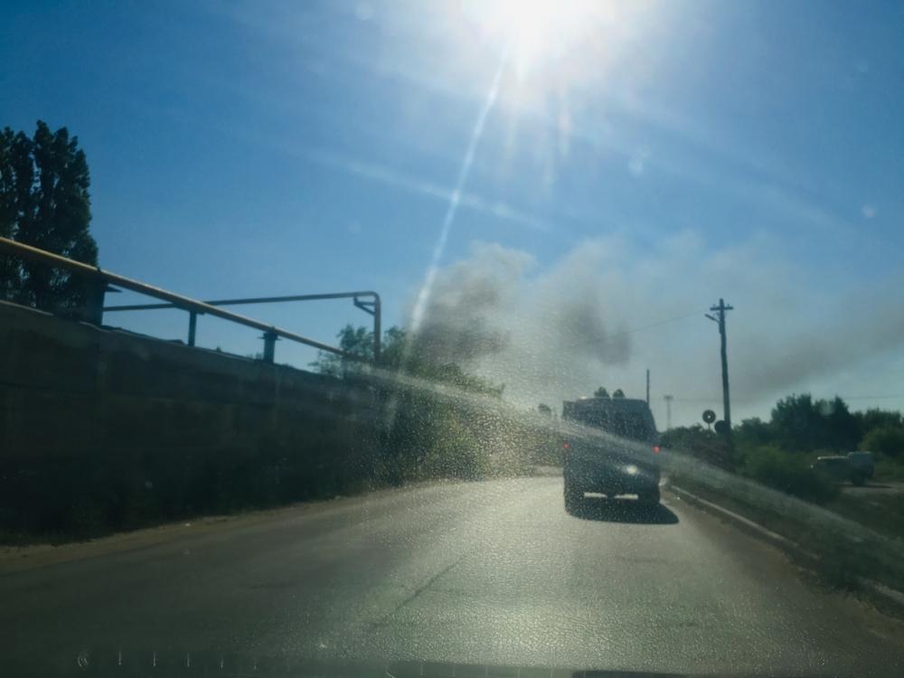 Камышан насторожил черный столб дыма в районе завода стеновых материалов