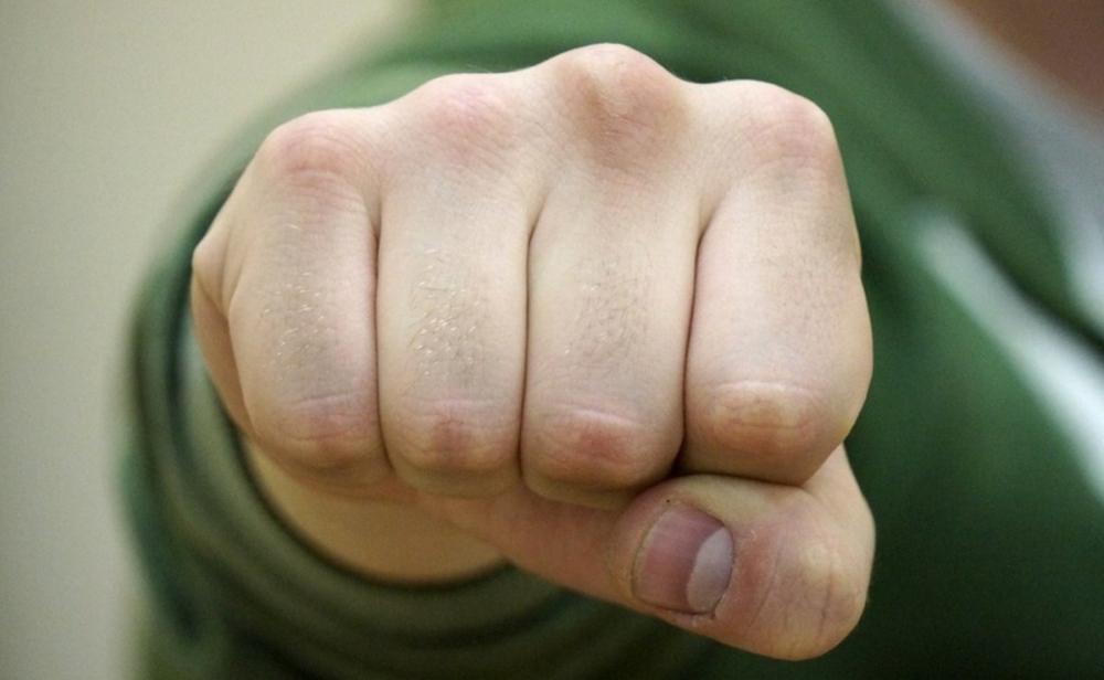 Волгоградский военный гарнизонный суд огласил приговор старшине, давшему кулаком в глаз ефрейтору