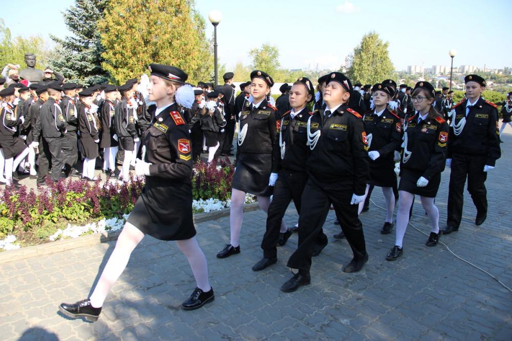 А Камышине в Парке Победы дали присягу кадеты