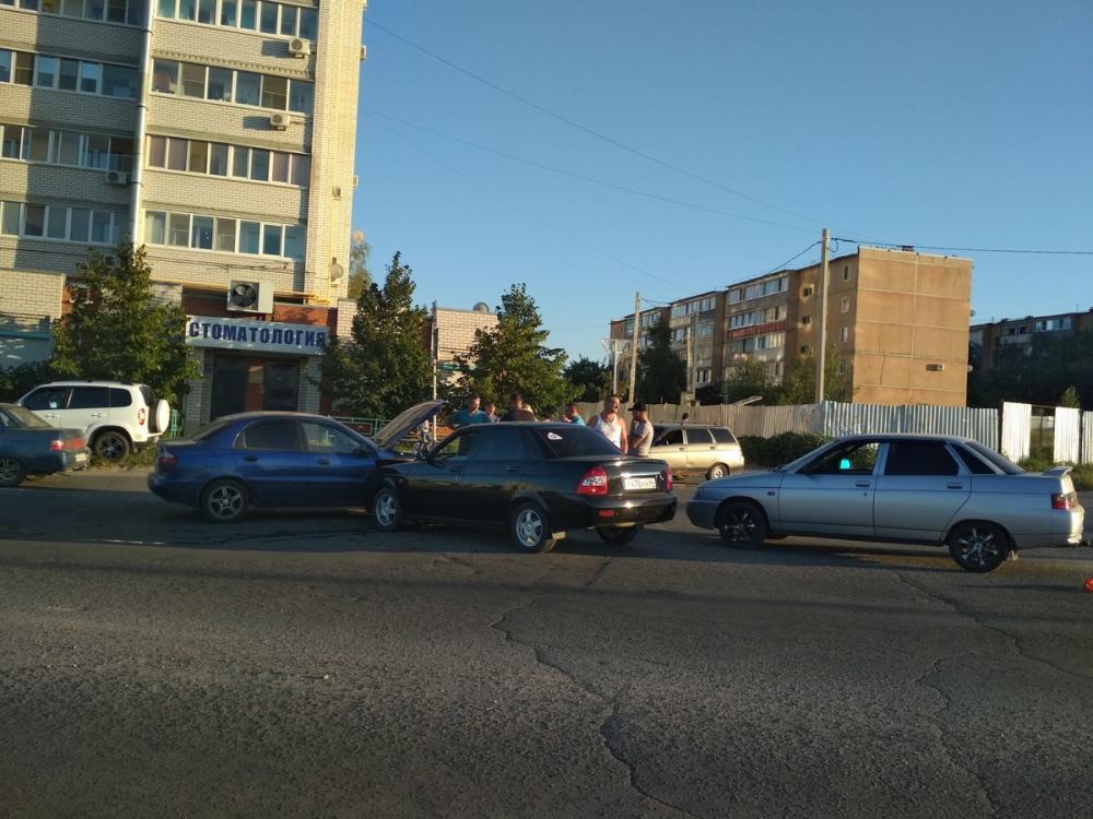 Выставление новых приоретитетов на «кольце» улицы Базарова при повороте на улицу Маресьева обернулось несколькими авариями