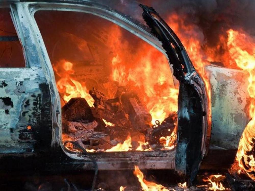 В Камышине на улице Нахимова сгорел автомобиль