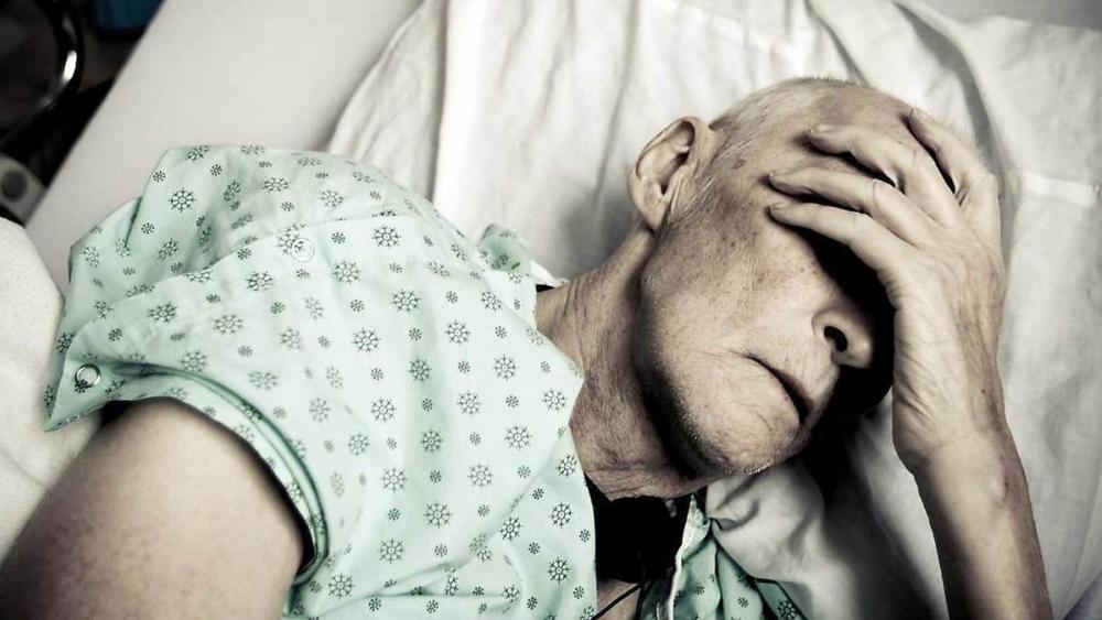 В Камышине больные онкологией горожане не могут взять талон на быстрый прием к врачу