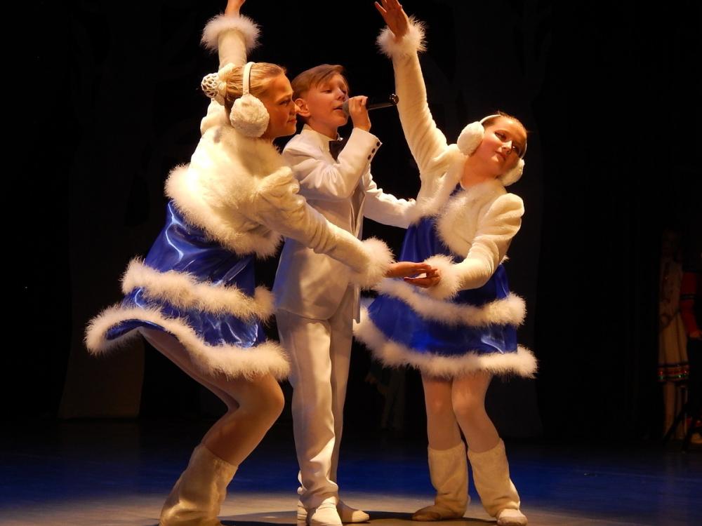 Рождественский концерт в Камышине: прекрасные откровения в музыке и танце