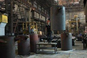 Камышинская городская прокуратура постепенно возвращает невыплаченную зарплату работникам «ГАЗПРОМ-КРАНА» и ферросплавного завода