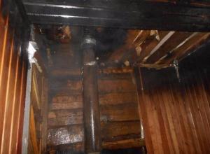 В Петров Вале из-за неосторожного обращения с огнем сгорела баня