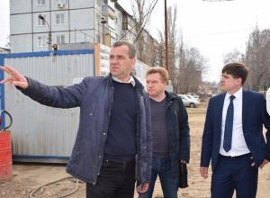 Первый замглавы администрации Камышина Андрей Летов проинспектировал строительство школы