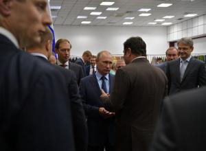 Генеральный директор ООО «Камышинский текстиль» сообщил Владимиру Путину о программе по выращиванию хлопка