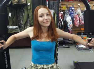 Неверова Анастасия участница «Мисс Камышин -2017» и «Манекен челлендж» в магазине «Ягуар»