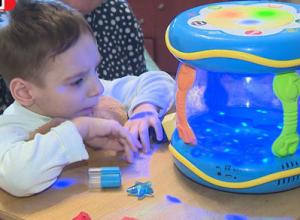 Пятилетний камышанин Олег Чернецов борется за жизнь с недетской настойчивостью