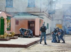 Показательные выступления  ГБР и пожарных в честь 60-ЛЕТИЯ образования Камышинской ИК-5