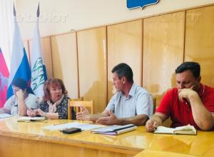 Председатель Камышинской ТИК Сергей Анихреев расскажет журналистам все, что им интересно о местных выборах