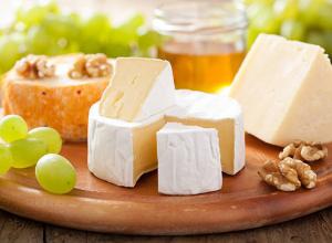 Партию деликатесных сыров «казнили» в Волжском