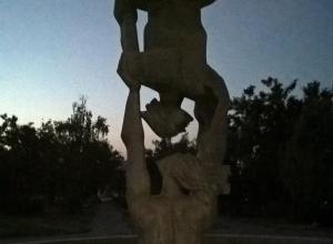 Камышане переживают за судьбу брошенного фонтана в четвертом микрорайне