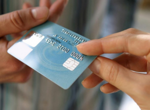 23 000 рублей   потеряла жительница Камышинского района при оформлении кредитки через интернет