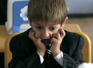 Камышане в соцсетях обсуждают, не слишком ли круто давать на уроке первоклассникам задания «Что бы я изменил, став президентом?»