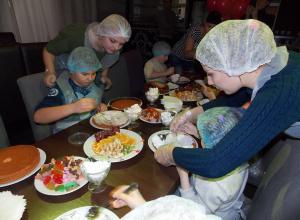 «Блокнот Камышина» организовал маленькое кулинарное шоу с участием юных камышан
