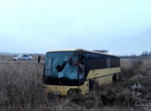 Рейсовый автобус «Елань - Камышин» вылетел в кювет, есть пострадавшие