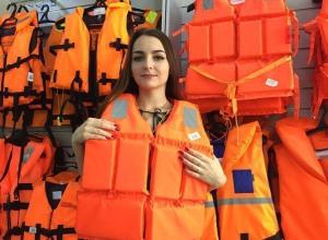 Красина Екатерина участница «Мисс Камышин -2017» и «Манекен челлендж» в магазине «Ягуар»