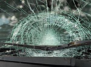 24-летний водитель по дороге из Волгограда в Камышин попал в ДТП