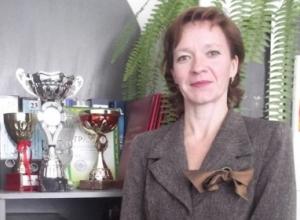 Главная учительница Камышина рассказала информресурсам, что со своей должности никуда не уходит, - и ушла