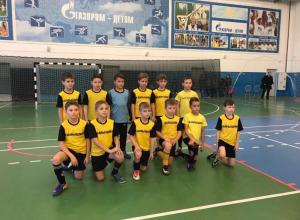 Маленькие футболисты из Камышина разбили волгоградскую команду со счетом 3:1