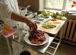Повара, пекари и начальник продовольственной службы 56-й ОДШБР привезли три вторых места с соревнований ВДВ «Армейский запас» из Костромы