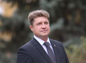 Камышан приглашают 15 февраля послушать отчет главы администрации  города Станислава Зинченко