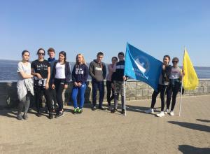 В Камышине парни и девушки провели «Молодежный забег» от музея до парка «Топольки»