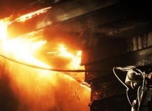 В Камышине вновь пожар из-за замыкания электропроводки