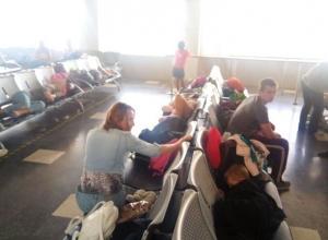 Жители Волгоградской области, среди которых трое камышан, стали заложниками в аэропорту Антальи