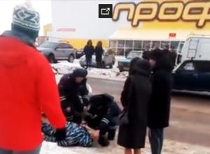 Камышане сняли на фото-видео сбитого на пятом микрорайоне мужчину