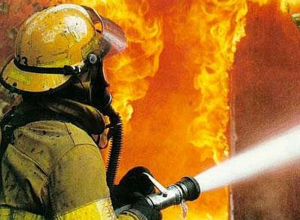 Пожар в Камышинском районе из-за загоревшихся вещей в вагончике