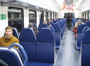 Приволжская железная дорога оставила камышан и петроввальцев без электричек на праздники