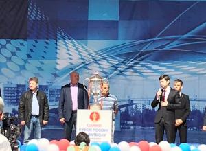 В Камышине первые руководители города приняли участие в церемонии встречи Кубка России по футболу