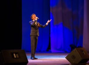 15-летний волжанин Витя Борисов стал звездой столичного проекта вокалистов «Ты - супер»
