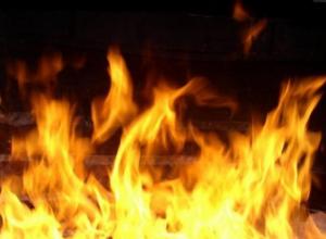 В Камышине опять случился пожар на улице Фабричной