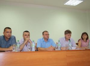 В администрации Камышинского района чиновники прикидывали, как получить компенсацию за  списанные хлебные поля
