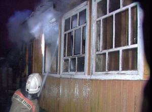 В Камышине в пожаре едва не сгорел дом