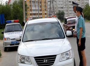 Автомобиль камышанина - должника по административным штрафам транспортировали на специальную стоянку
