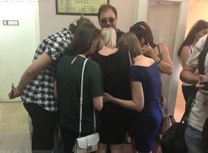 Родные погибшей в ДТП волжской семьи отказались брать 800 тысяч рублей от единоросса-убийцы, - «Блокнот Волжского»