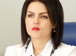 Депутат камышан в Госдуме Анна Кувычко «ополчилась» против нестационарных центров микрокредитования
