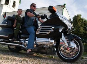 Сегодня в Волгограде и Камышине о себе заявили байкеры