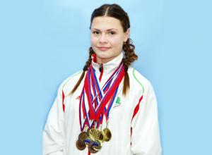 Изящные камышанки-пауэрлифтеры «ссыпали» свои медали в копилку волгоградской сборной