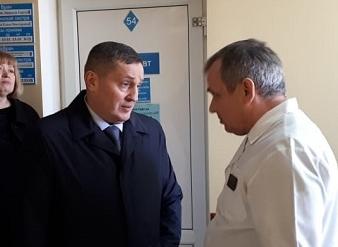 Стали известны зарплаты главного врача и его заместителей в центральной городской больнице Камышина