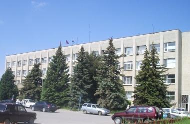 Даже в «гараже» администрации Камышина начальники получают больше 35 тысяч бюджетных рублей в месяц